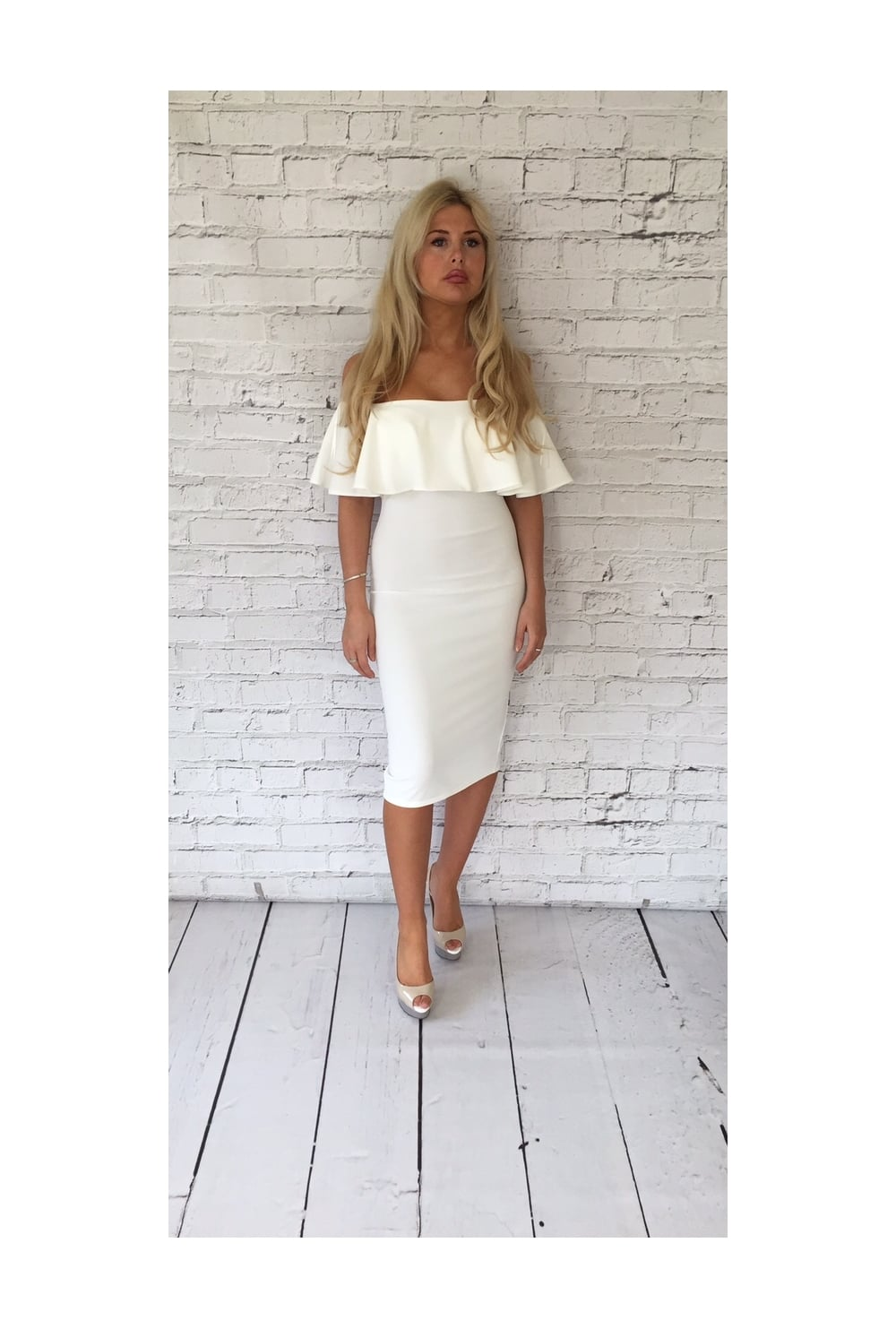 Off the Shoulder Dresses UK