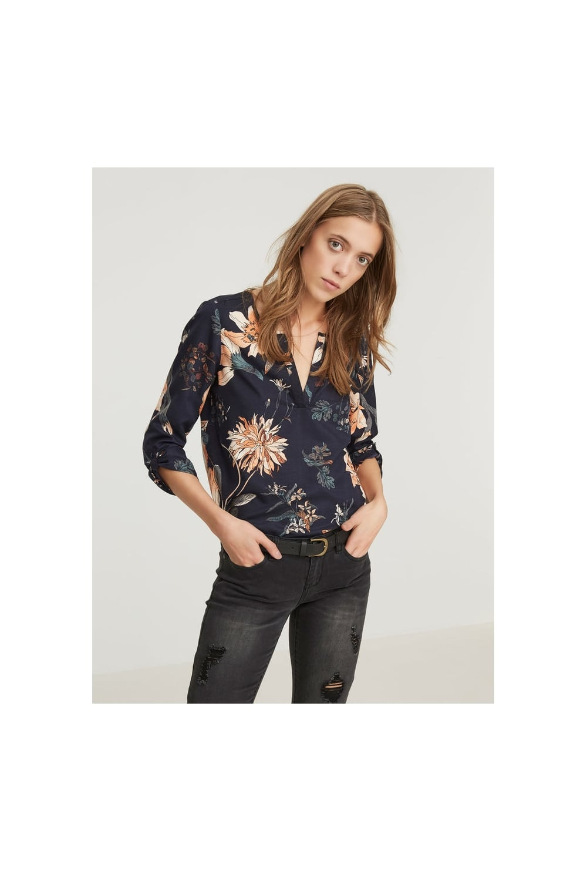 vero moda 3 4 sleeve floral blouse vero moda from ruby room uk