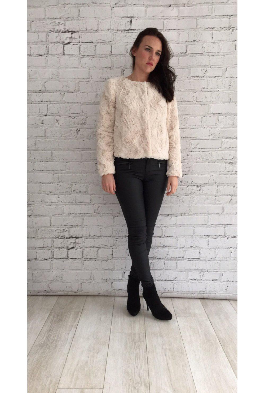 vero moda soft blush short faux fur jacket vero moda from ruby room uk. Black Bedroom Furniture Sets. Home Design Ideas